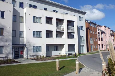 2 bedroom flat to rent - Drummond Grove, Ashford, Kent