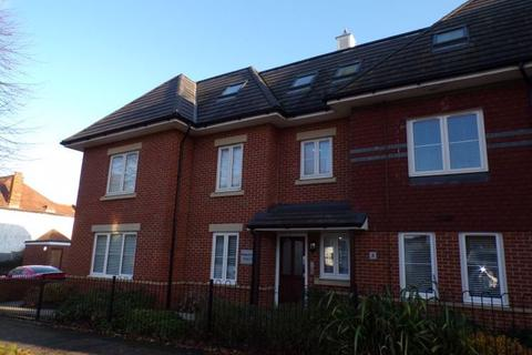 2 bedroom flat to rent - Castlemain Avenue, Southbourne