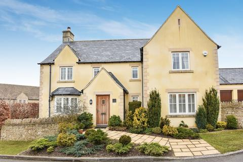 4 bedroom detached house for sale - Cirencester