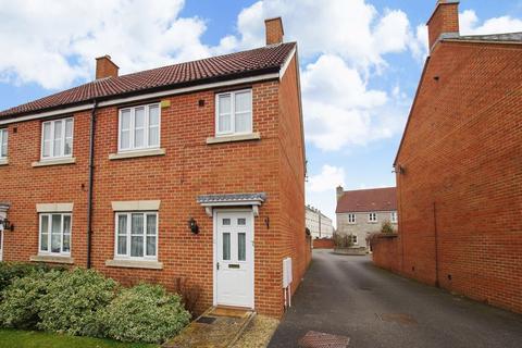 3 bedroom semi-detached house for sale - Walkers Drive, Weston Village