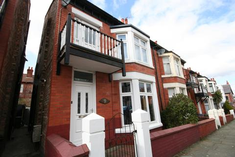 4 bedroom semi-detached house for sale - Cavendish Road, Wallasey, CH45 2NX