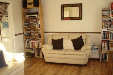 1 bedroom apartment to rent - Highams Park E4