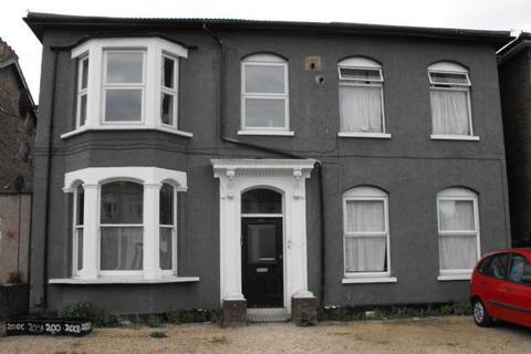 1 bedroom apartment to rent - Leyton E10