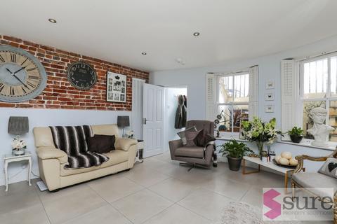 2 bedroom apartment to rent - Marine Parade, Brighton, East Sussex