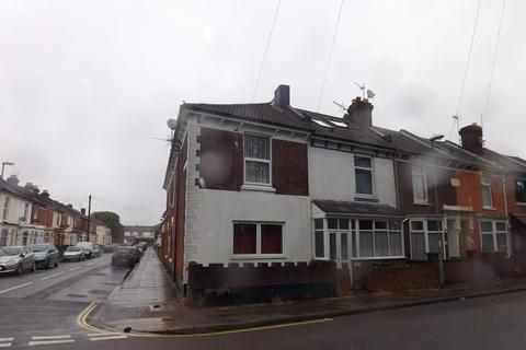 2 bedroom flat to rent - George Street, Portsmouth