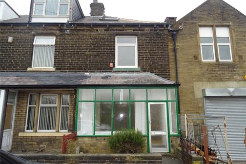 3 bedroom terraced house to rent - Mabel Royd, Bradford, West Yorkshire, BD7