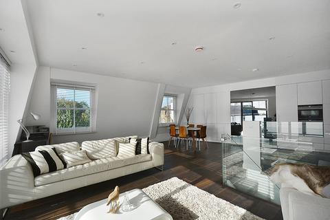 4 bedroom flat to rent - Waldemar Avenue, London, SW6