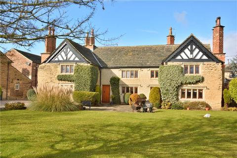 6 bedroom detached house for sale - The Manor House & Barn, Calverley Road, Oulton, Leeds, West Yorkshire