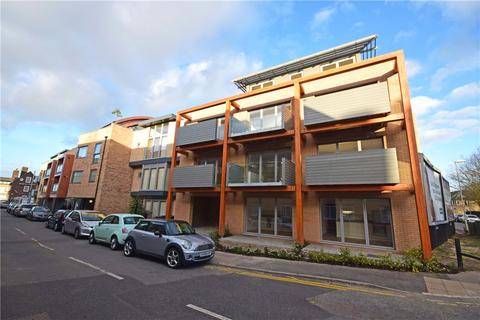 1 bedroom apartment to rent - New Street, Cambridge, CB1