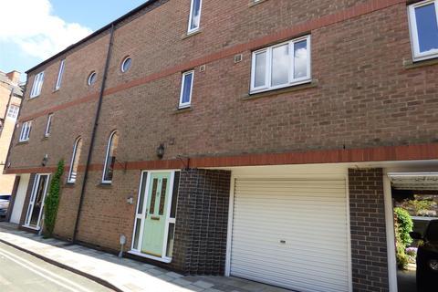 4 bedroom townhouse for sale - Vicar Lane, Beverley, East Yorkshire, HU17 8DF