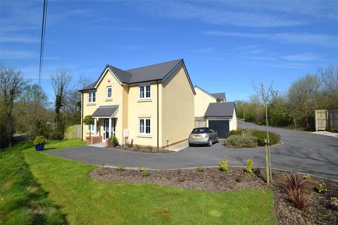 4 bedroom detached house for sale - May Court, Bideford