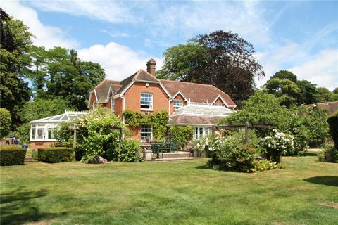 6 bedroom detached house for sale - Church Road, Shedfield, Southampton, Hampshire, SO32