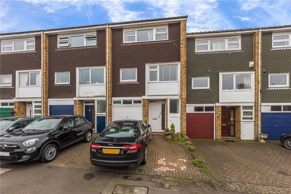 Haddon Court Harpenden Hertfordshire 4 Bed Terraced House 625 000