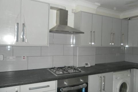 4 bedroom house to rent - 99 Poole Crescent, B17 0PE