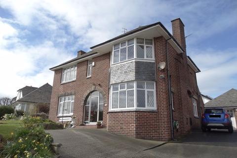 3 bedroom detached house for sale - Llanrhos Road, Llandudno