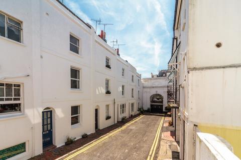 3 bedroom townhouse for sale - Norfolk Buildings, Brighton, BN1