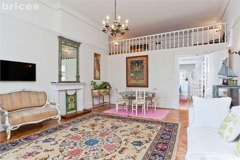 1 bedroom flat for sale - Brunswick Square, Hove, BN3