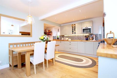 4 bedroom semi-detached house for sale - Washdyke Lane, Fulbeck, Grantham