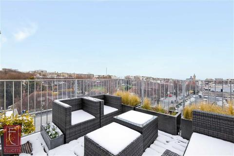 2 bedroom apartment for sale - Coniston Court, Hove, East Sussex