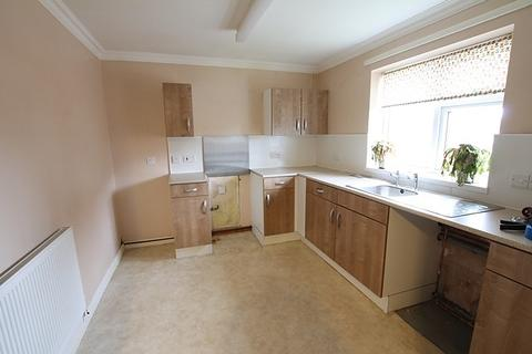 2 bedroom flat to rent - Saners Close, HU16