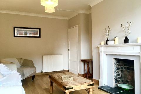 3 bedroom flat to rent - Thornwood Gardens, Partick, Glasgow