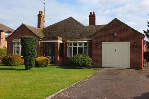 3 bedroom detached bungalow for sale - Station Road, Long Sutton