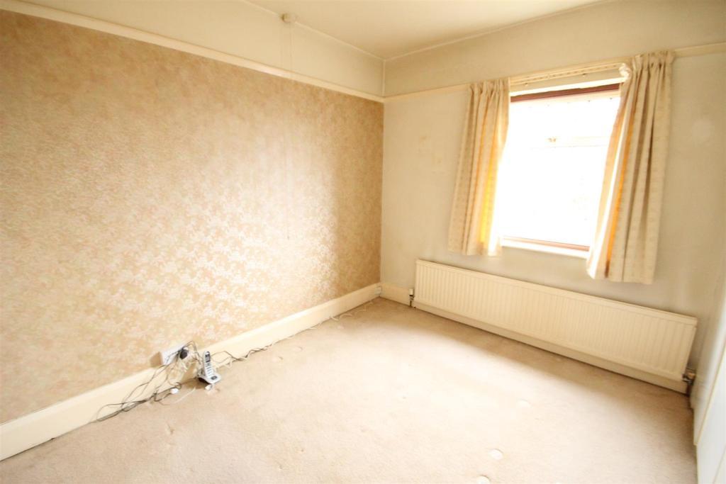 Edward Avenue Chaddesden Derby 2 Bed Semi Detached House