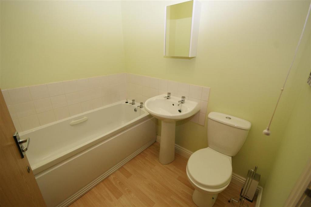 Bed House To Rent Brighouse