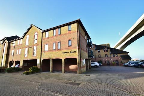2 bedroom flat to rent - Woolston