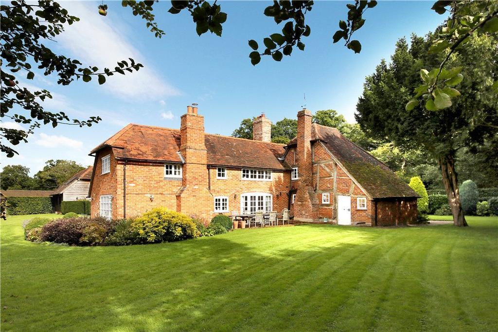 Mattingley, Hook, RG27 5 bed detached house - £1,825,000