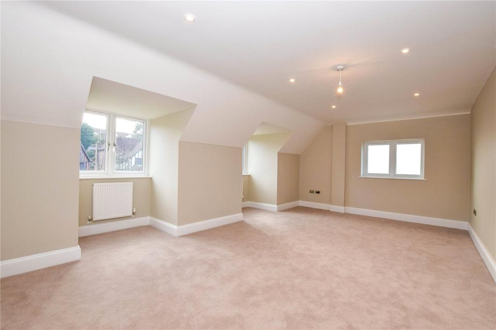 Bed House Sale Berkhamsted