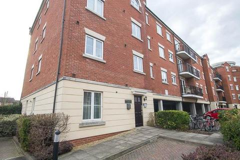2 bedroom flat for sale - Regency Court, Cheltenham, GL50 3NS