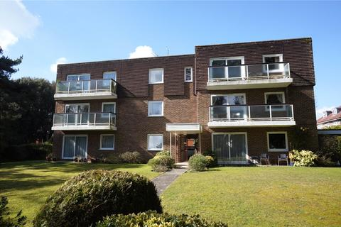 3 bedroom penthouse for sale - Queens Park West Drive, Queens Park, Bournemouth, BH8
