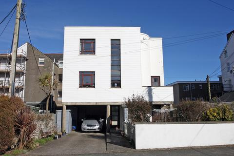 3 bedroom detached house for sale - Churton Street, Pwllheli, North Wales