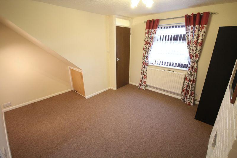 Colwell Drive Alvaston Derby 2 Bed End Of Terrace House