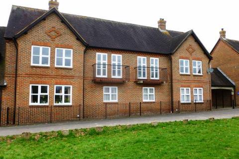 2 bedroom flat for sale - Rectory Field, Cranbrook, Kent, TN17 3JB