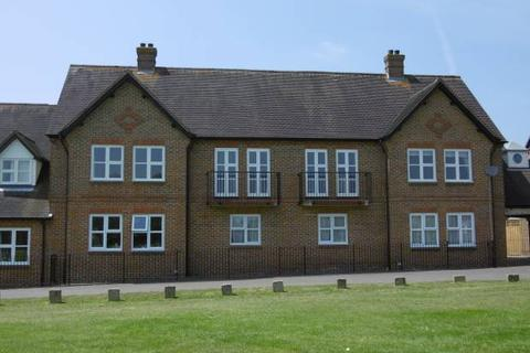 2 bedroom flat for sale - Rectory Fields, Cranbrook, Kent, TN17 3JB