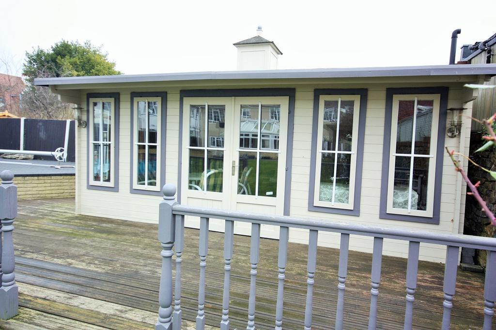 Bed And Breakfast Thorpe Bay Southend On Sea