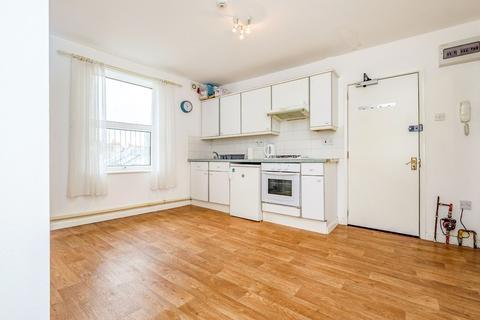 2 bedroom flat for sale - St James Street, Brighton, BN2