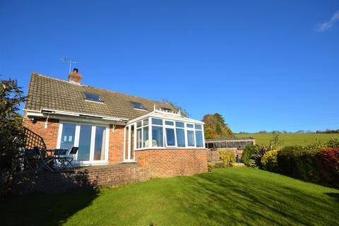 4 bedroom detached bungalow for sale - Teddars Leas Road, Etchinghill