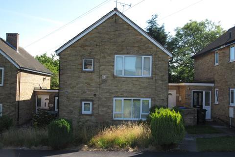 2 bedroom flat to rent - Burns Drive, Chapeltown