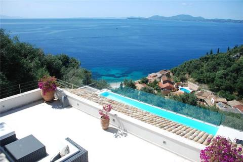 4 bedroom detached house  - Poppy House, Kaminaki, Corfu