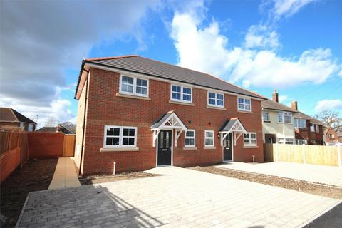 4 bedroom semi-detached house for sale - Stokes Avenue, Poole, Dorset