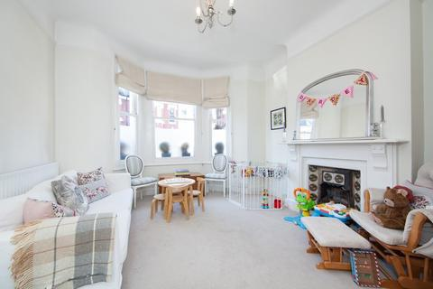 1 bedroom flat to rent - Knoll Road, London, SW18