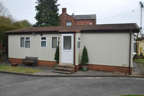 Delamere road norley frodsham 2 bed park home for sale for Homes for 75000