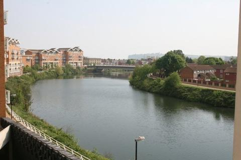 2 bedroom flat to rent - Marseilles House, Hansen Court, Century Wharf, Cardiff