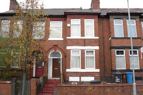 8 bedroom semi-detached house to rent - Langdale Road, Fallowfield