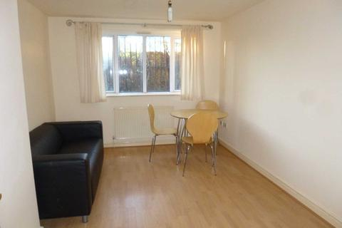 2 bedroom flat to rent - Wynnstay Grove, Fallowfield