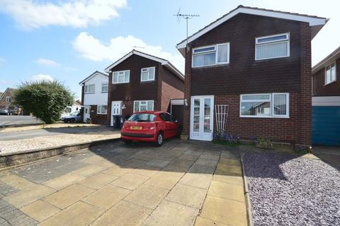 3 bedroom house for sale - Oak Avenue, Newport