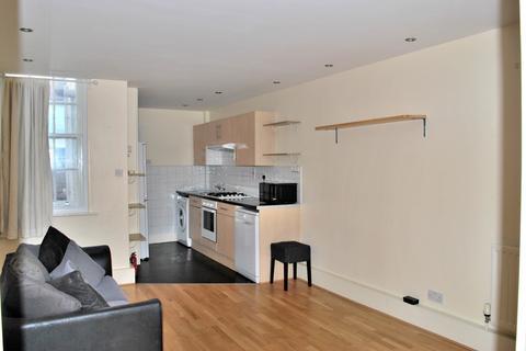 2 bedroom flat - Dean Street, W1D 4PU